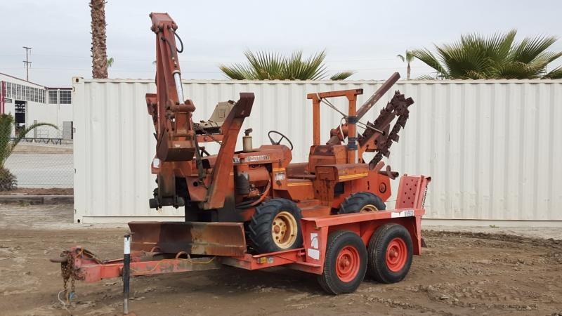 Ditch Witch R40 trencher